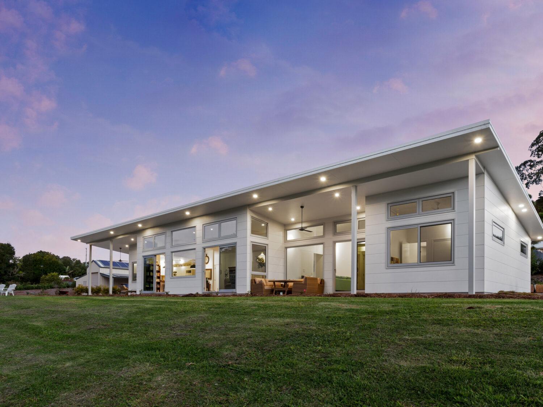 Tamborine 10-Star Rated Positive Energy Home